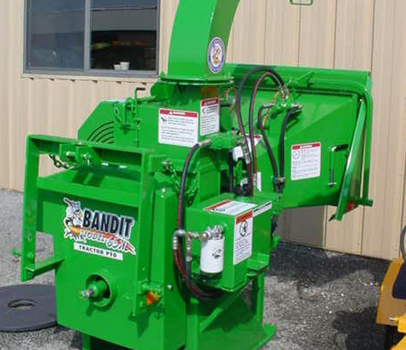 Bandit 65XP PTO DISC Style Hand-Fed Chipper full